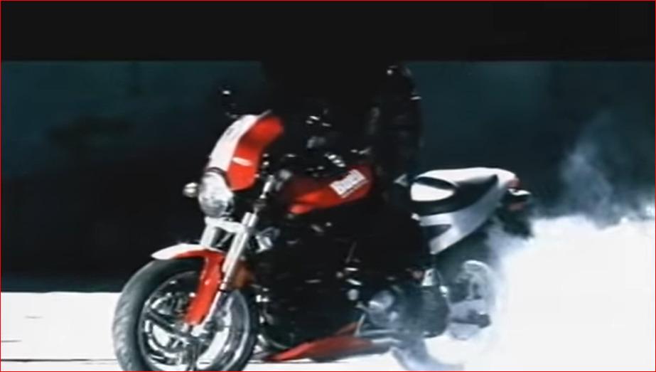 Buell X1 Lightning テレビ用コマーシャル。